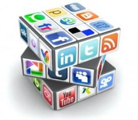 social-media-crucial-tourism-success-300×262